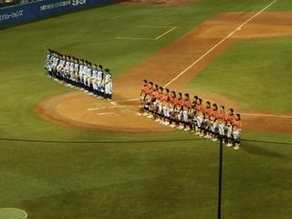 �N20160717_女子プロ野球_試合後の一礼.JPG